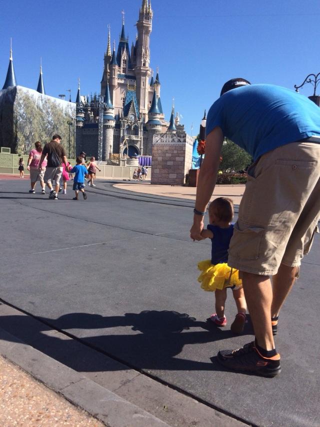 Ali y papá en castillo