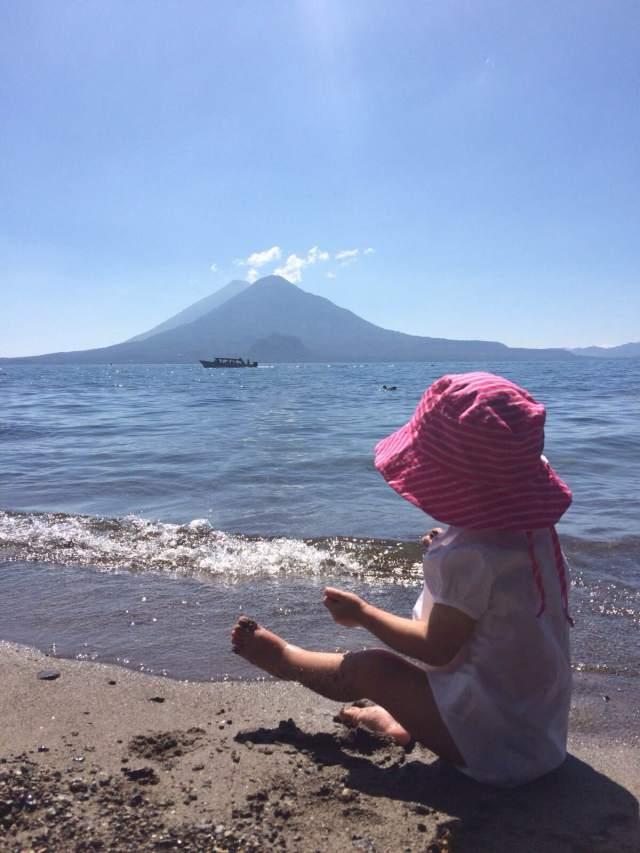 Ali en Atitlán